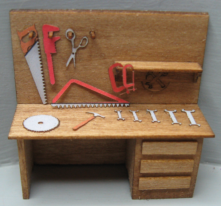 QS871 Work Bench with Tools